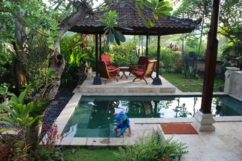 pool ved hus