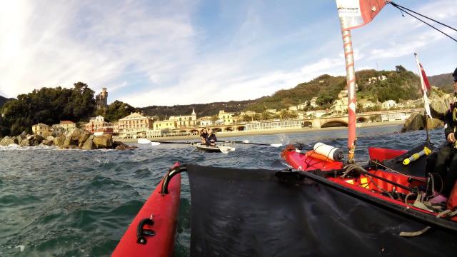 Tiuris TV, rep af kajak : Fixing the kayak